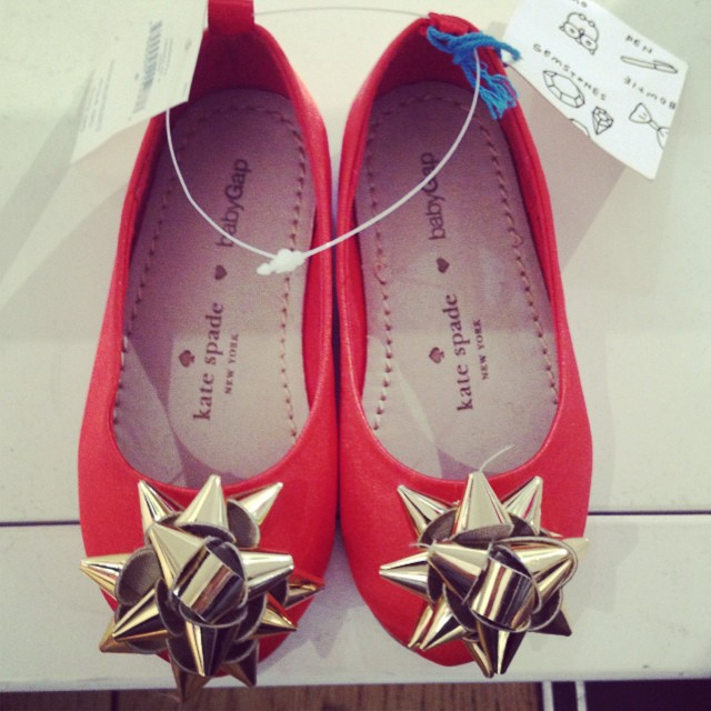 Tabitha was obsessed with these super-cute #katespade @gap flats this morning... #littlespree