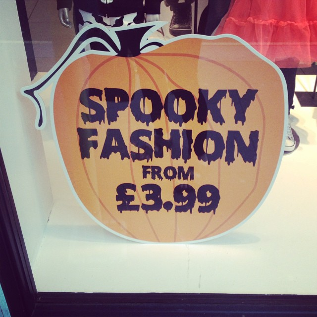 Get down to #h&m for those spooky little extras. They've got some cute bits, particularly for girls #halloween #dressingup #halloweencostumes #littlespree