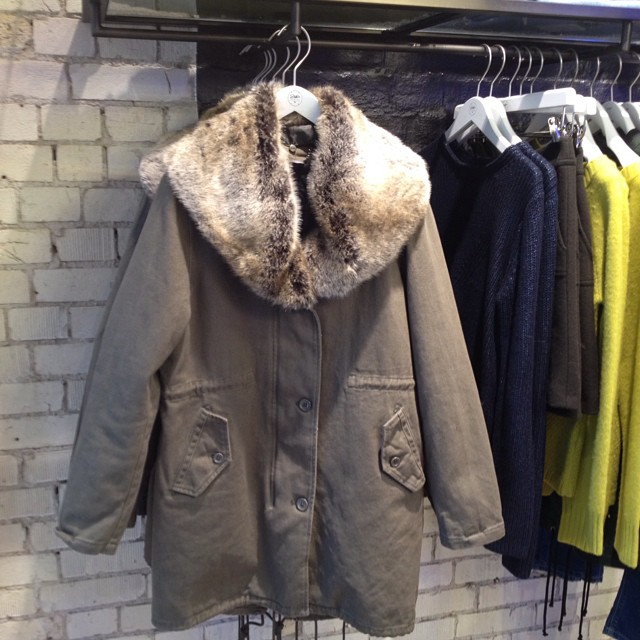 Spotted on the way out! Gorgeous cosy fur collar parka #mamaspree #justlikenickys @insidejigsaw #coolandcosy #littlespree