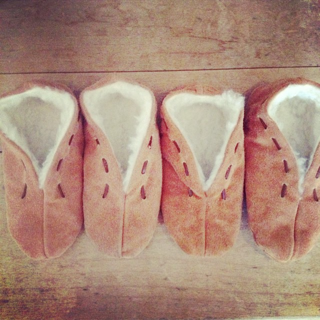 Spanish slippers from mallorca #cosyslippers #kidsslippers #littlespree