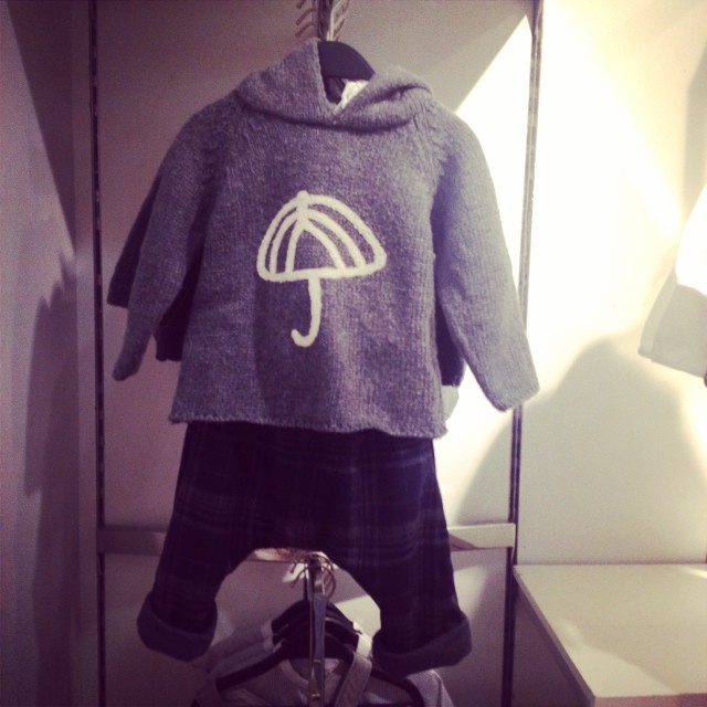 Such a sweet outfit for a baby boy @zara_worldwide mini. #cute #babyoutfits #littlespree #yesimshoppingupastormtoday #upwest
