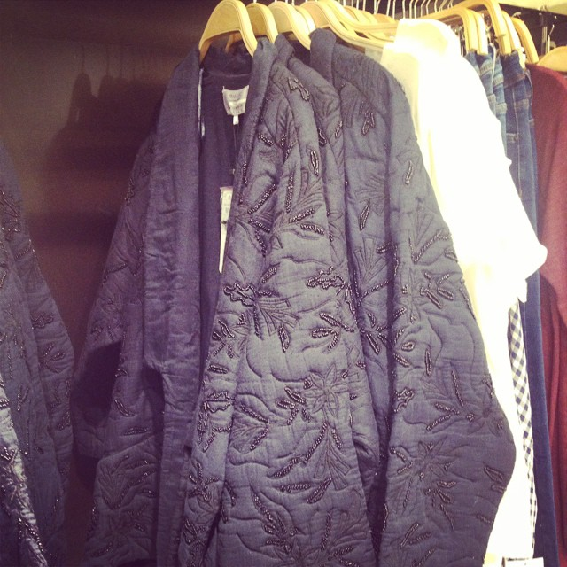 Loved this quilted sequinned jacket in @zara_worldwide #marantesque #mamaspree
