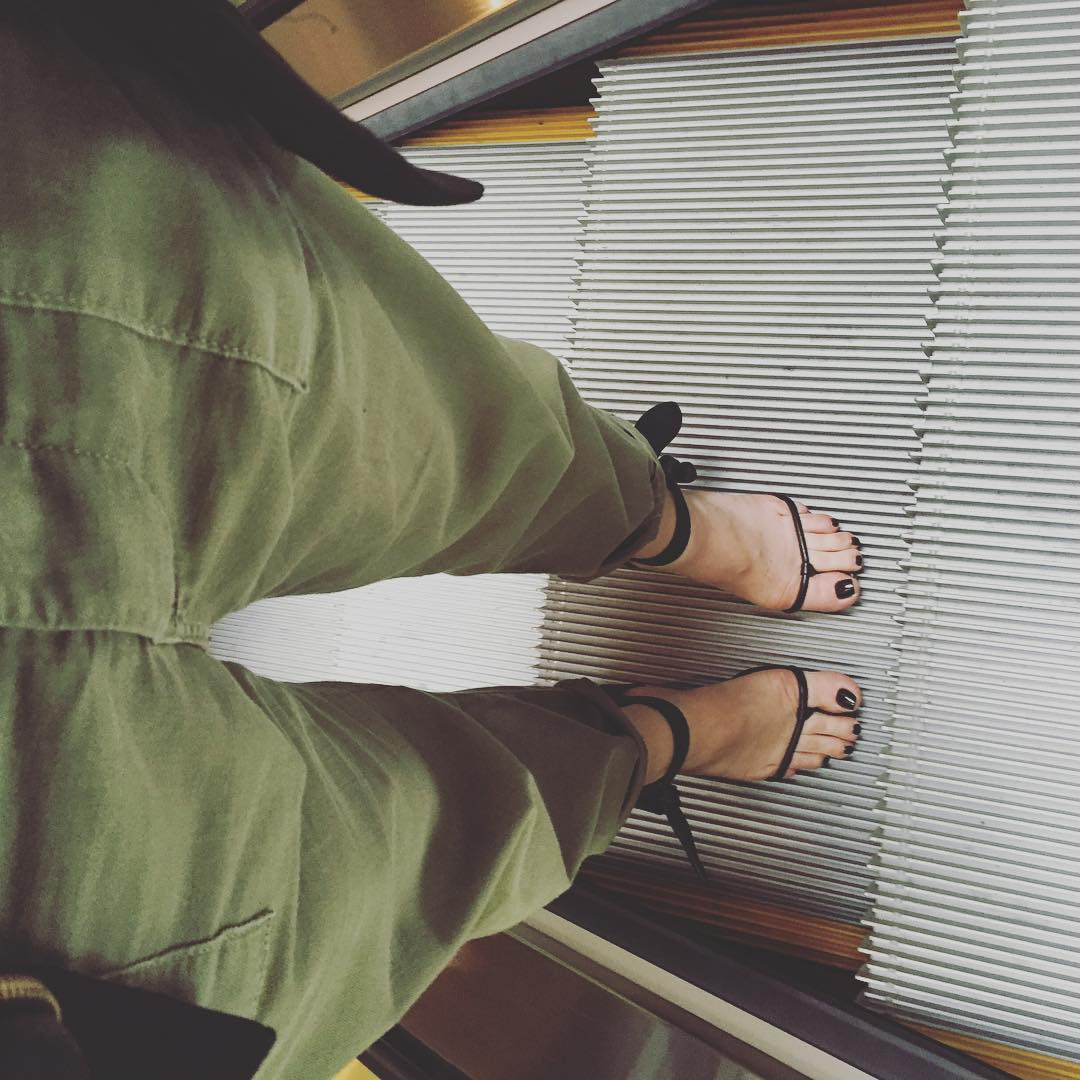 The toes are out!! stellatelegraph SC yesimlivinginthesetrousers Readnbspmore